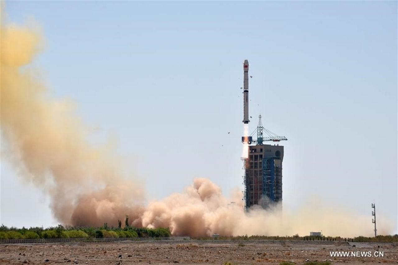 Long March 4B / HXMT launch