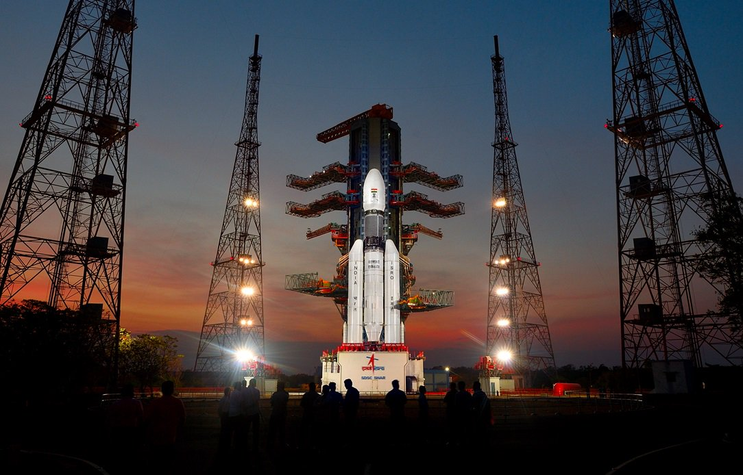 India´s most powerful rocket launches satellite into orbit