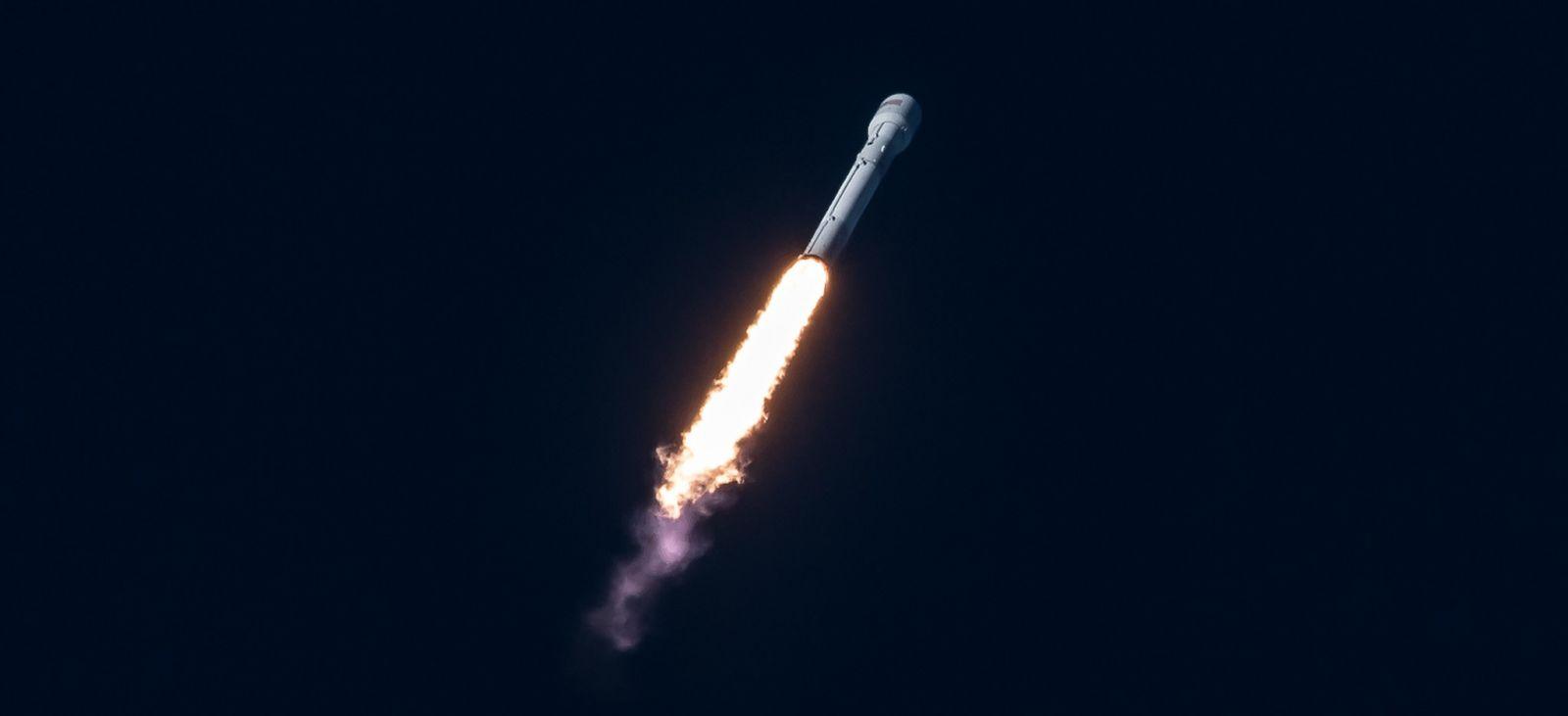 Intelsat-35e launch