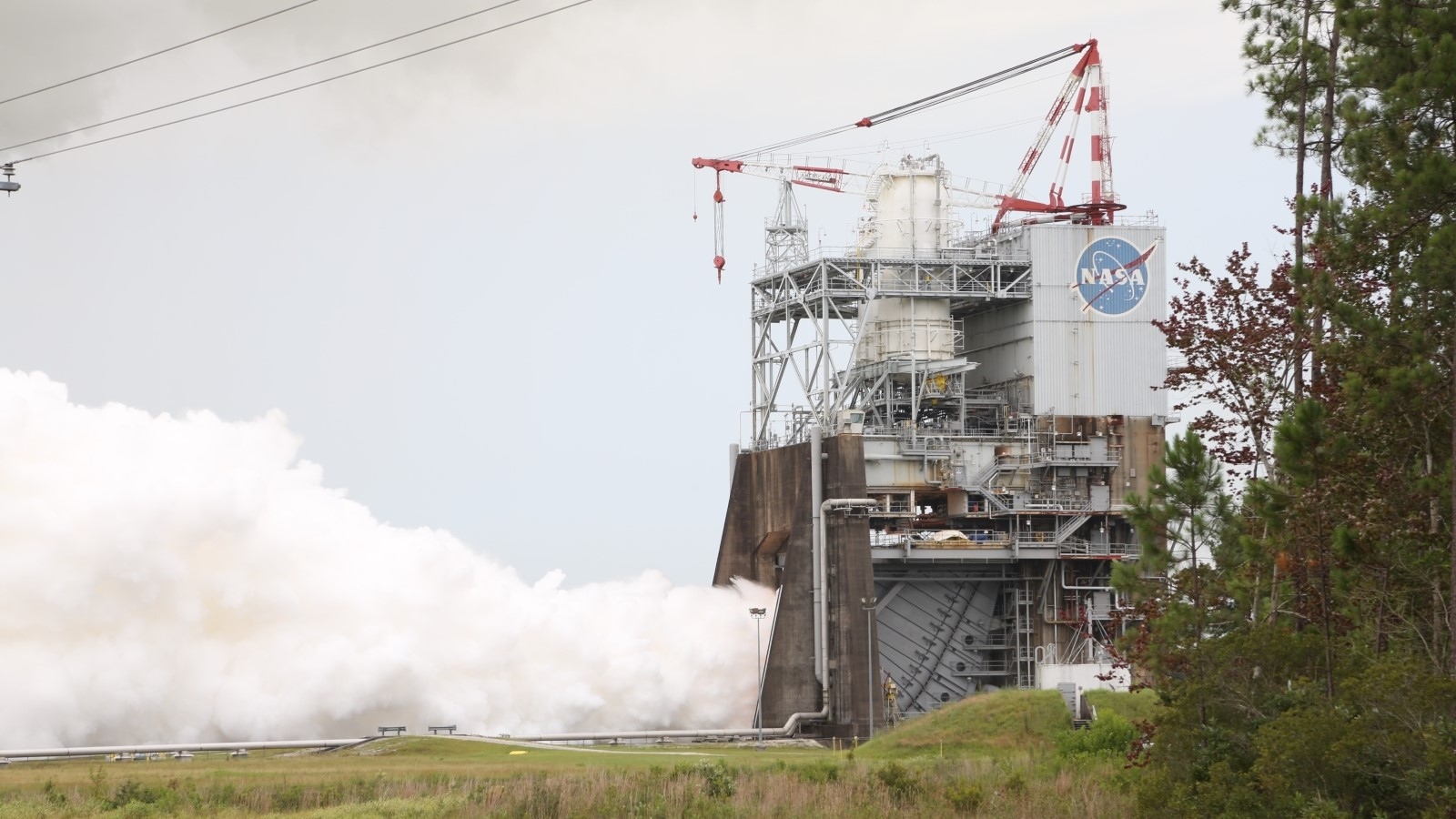 SLS: Aerojet Rocketdyne RS-25 flight controller test on July 25, 2017.
