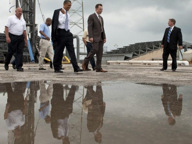 Obama tours Cape Canaveral's Space Launch Complex 40 photo credit Bill Ingalls NASA