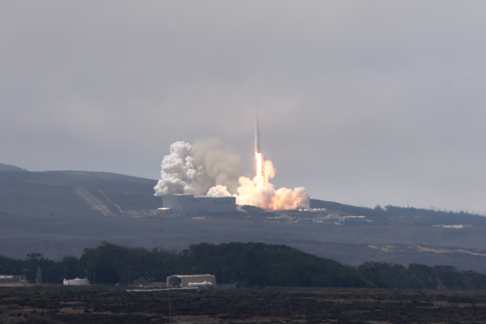 Vandenberg AFB satellite launch aboard SpaceX Falcon 9 rocket huge success