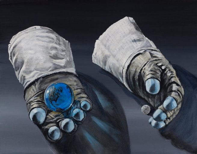 Apollo space suit gloves image credit Simon Kregar Jr.