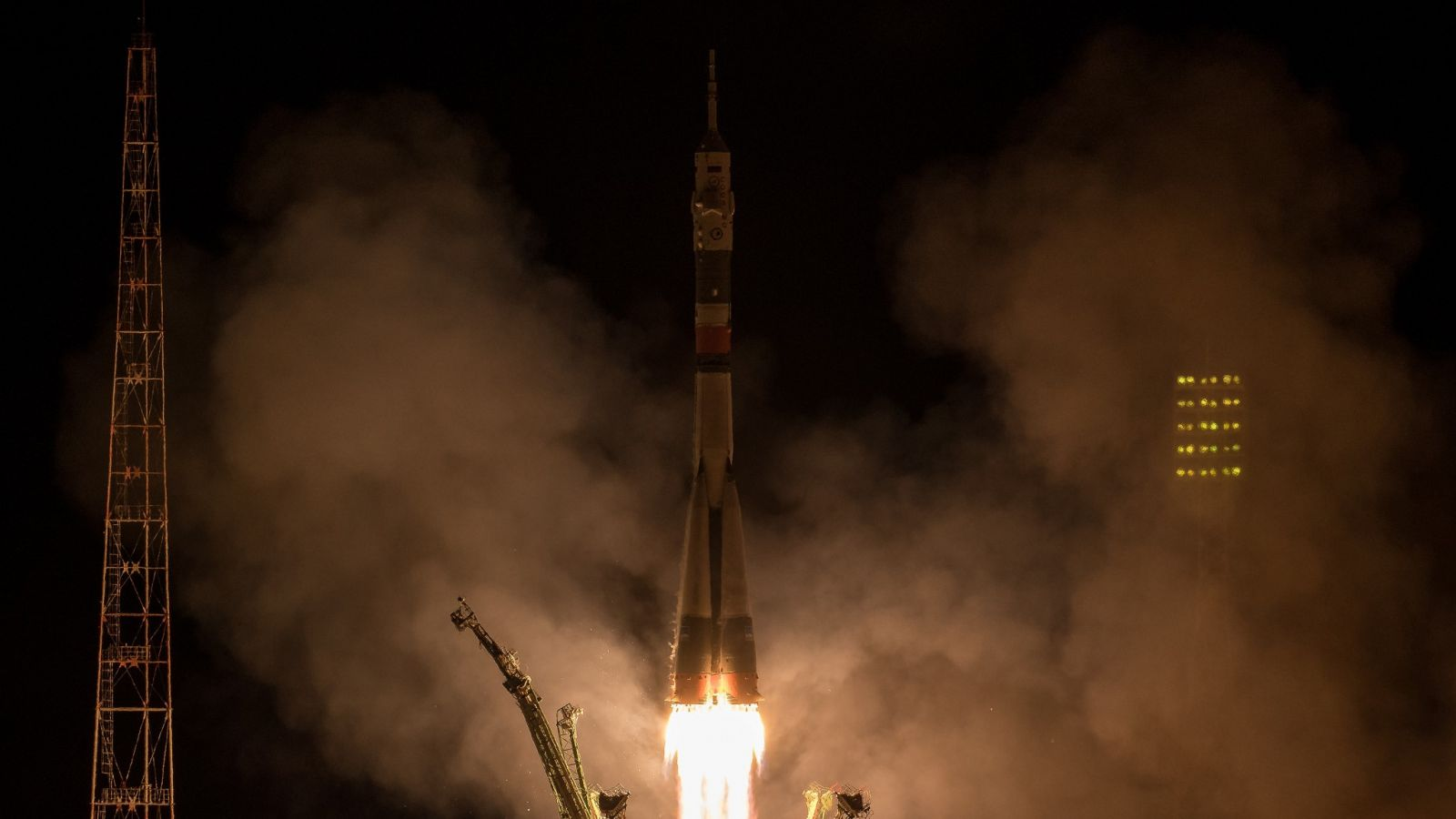 WATCH as Russian spacecraft makes lightning fast journey to International Space Station