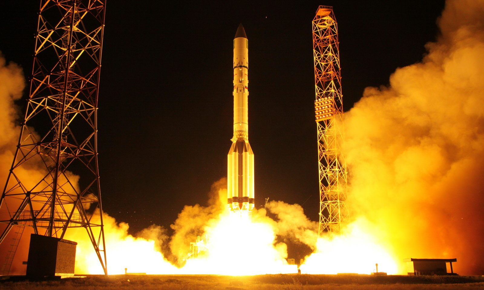Proton-M / Briz-M launch with Amazonas-5