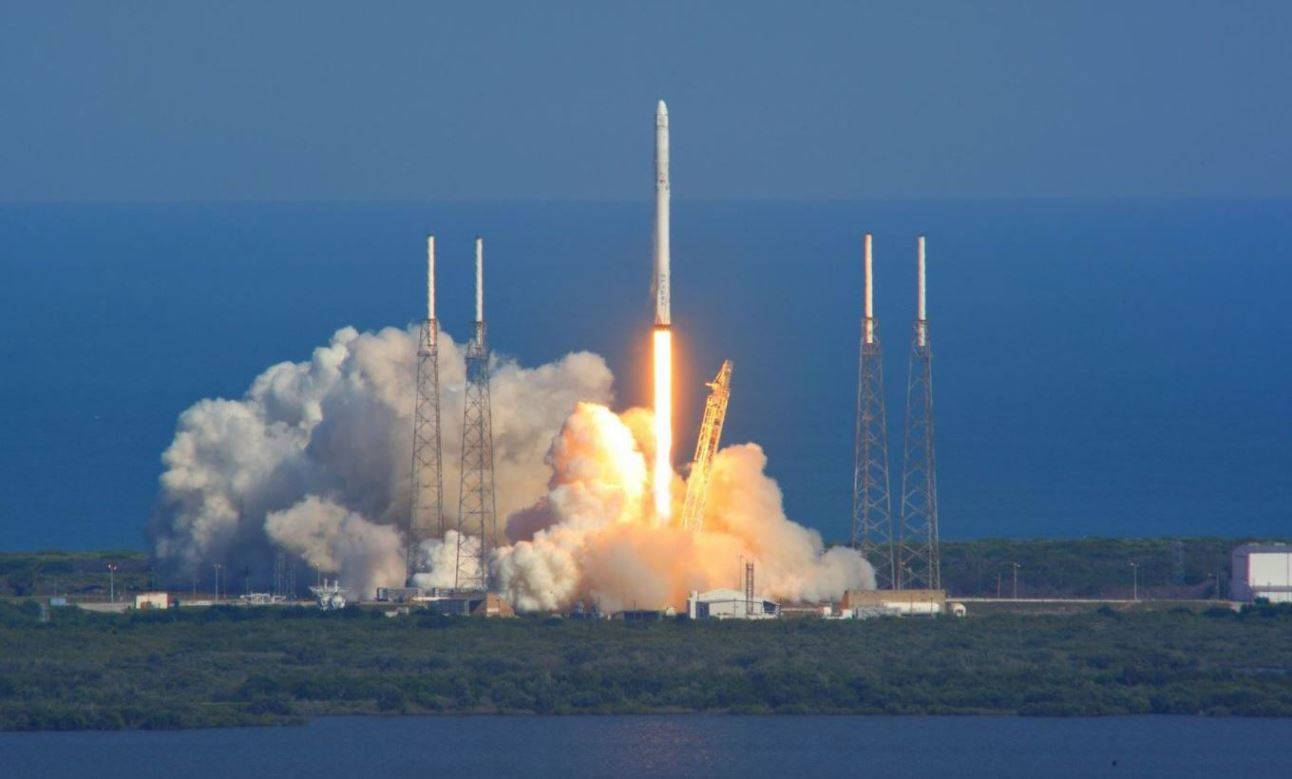 A SpaceX Falcon 9 rocket lifts off from Kennedy Space Center's Launch Complex 39A in Florida on a cargo resupply run to the International Space Station. Photo Credit: Mike Deep / SpaceFlight Insider