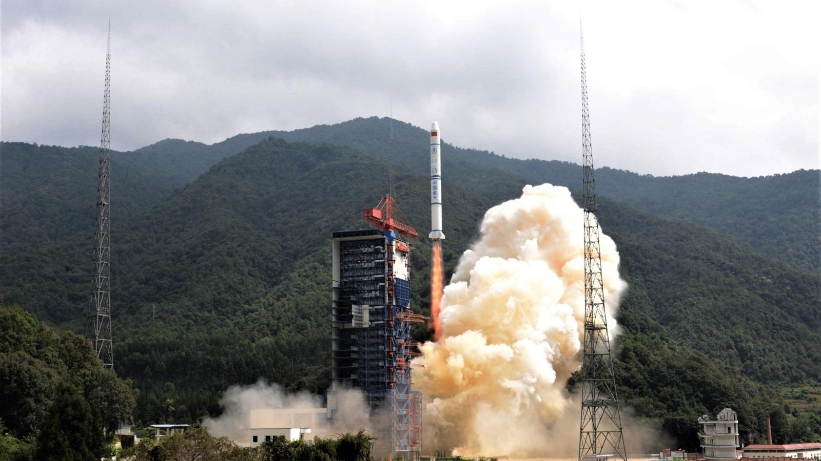 CZ-2C_YG-30-01-launch-2017-09-29_CL50R-r