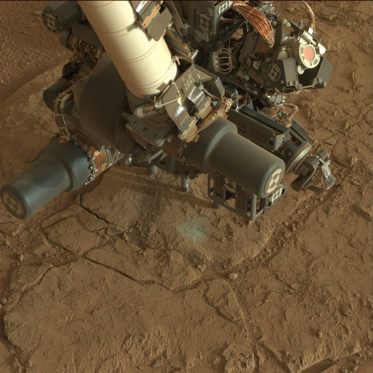 curiosity team working to resume drilling
