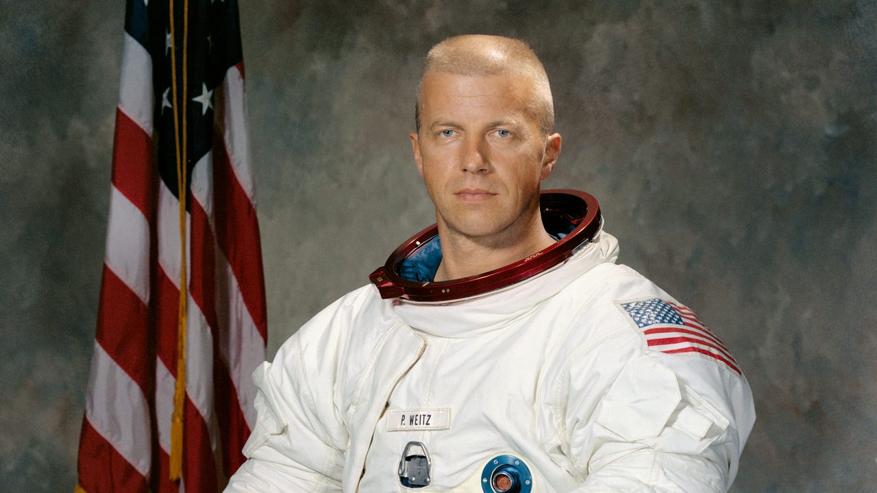 NASA astronaut Paul Weitz (S71-51307; Sept. 21, 1971). Photo Credit: NASA
