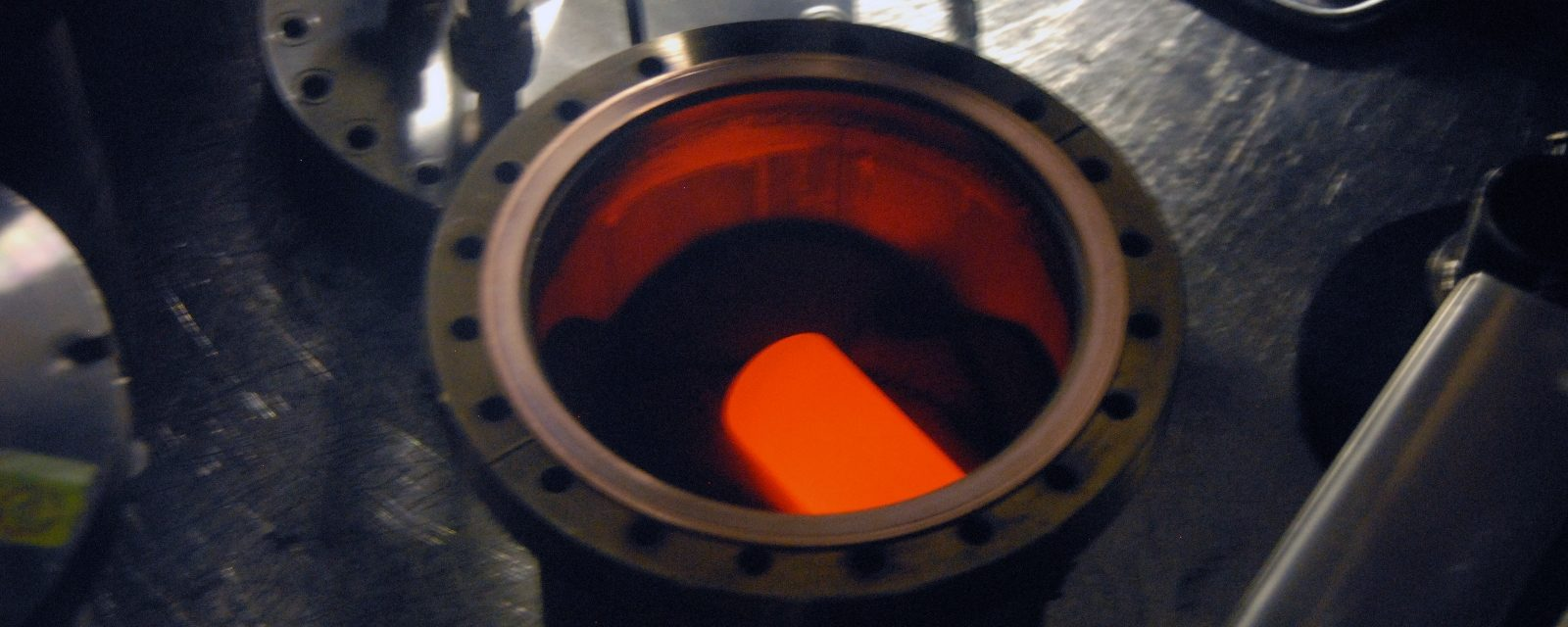 Plutonium-238 fuel rod in graphite impact shell