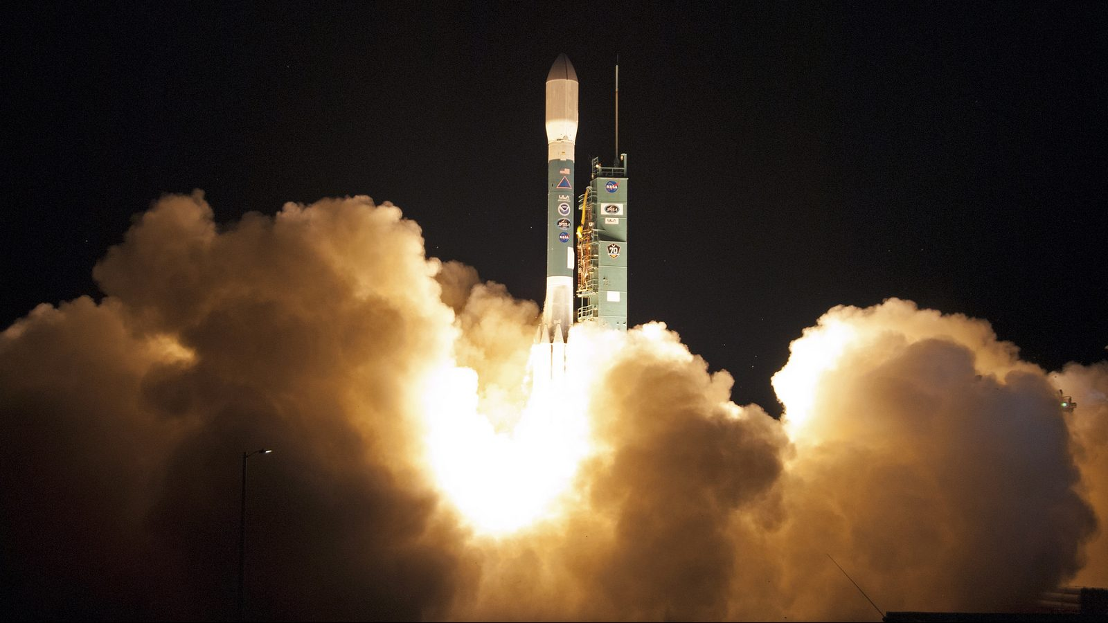 New US weather satellite launched from California