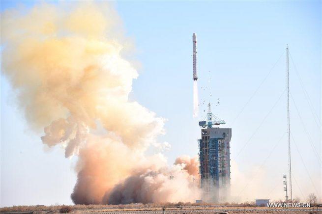 CZ-2D / LKW-1 launch