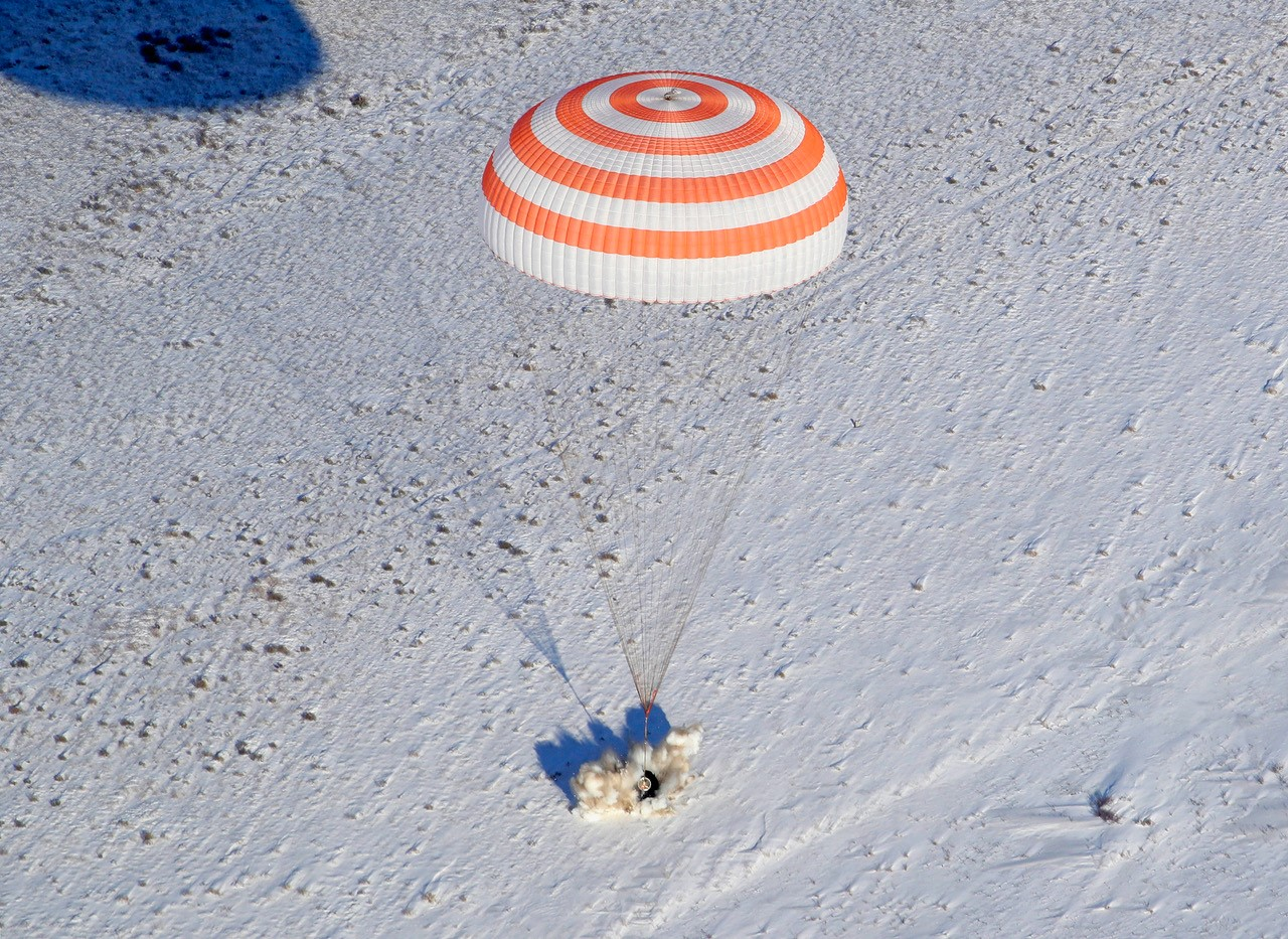 Touchdown! Expedition 53 astronauts make successful descent to Earth from ISS