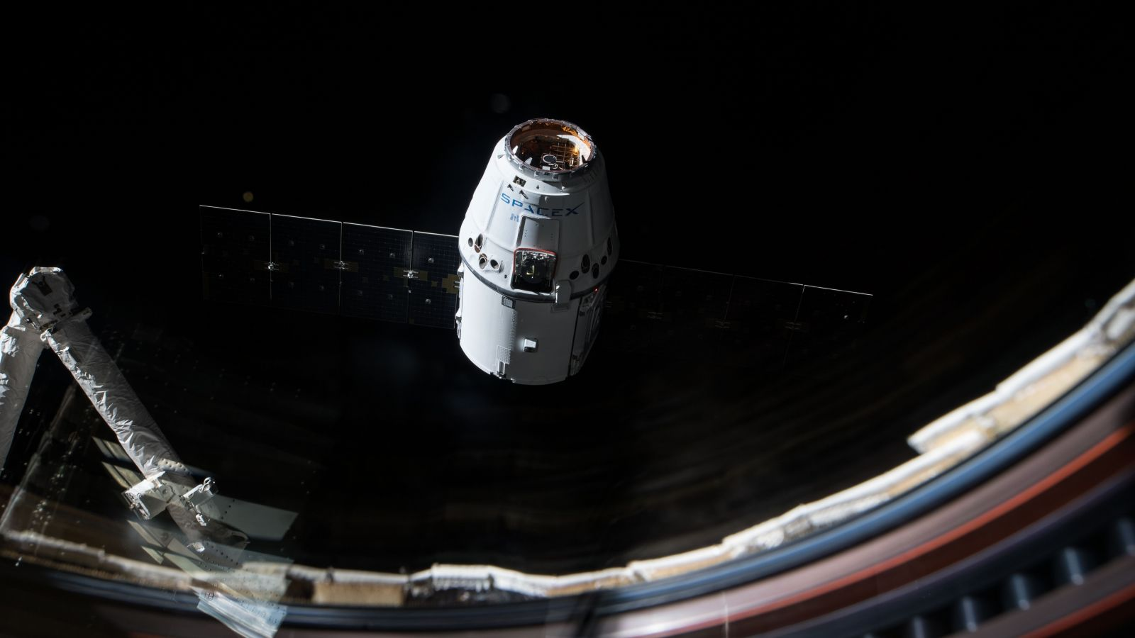 SpaceX's CRS-13 Dragon capsule departs ISS after 4-week ...