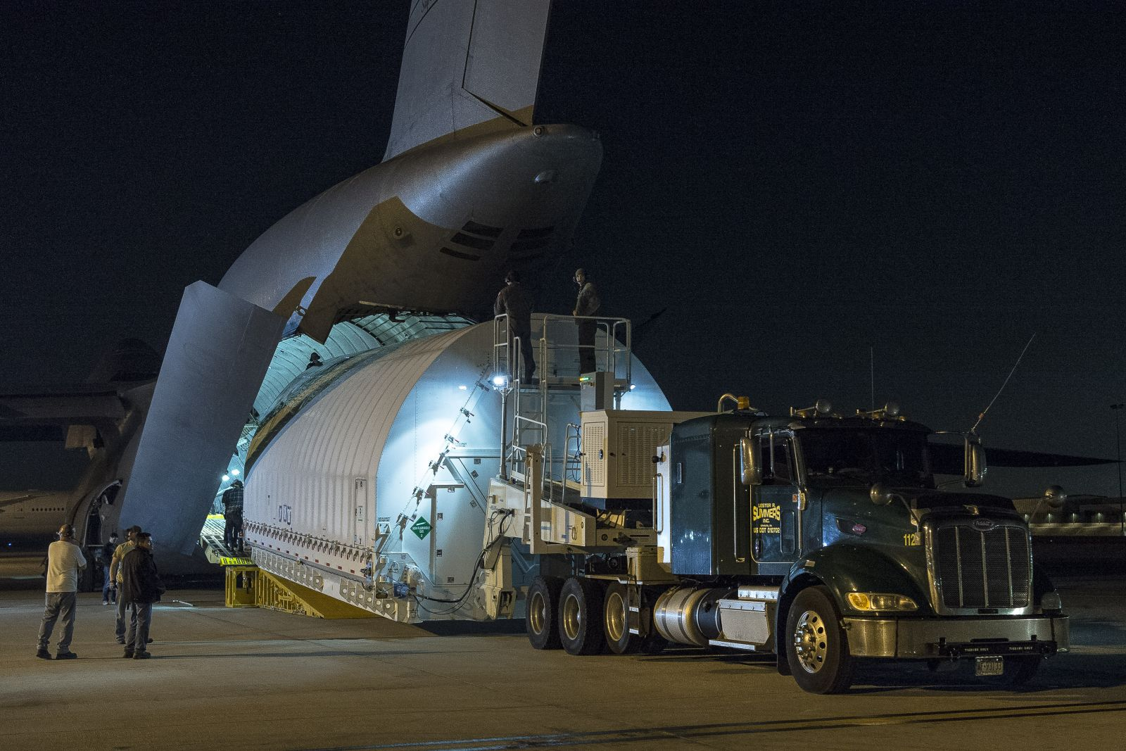 Northrop And Johnson >> Two halves of James Webb Space Telescope come together for ...
