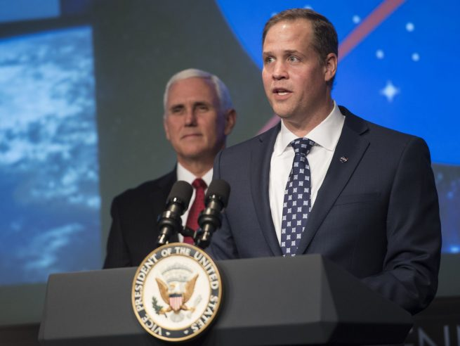 Bridenstine speaks after being sworn in by Vice President Mike Pence. Photo Credit: Bill Ingalls / NASA
