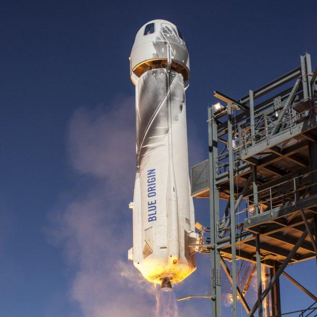 Blue Origin suborbital launch vehicle and capsule during test flight. Photo Credit: Blue Origin