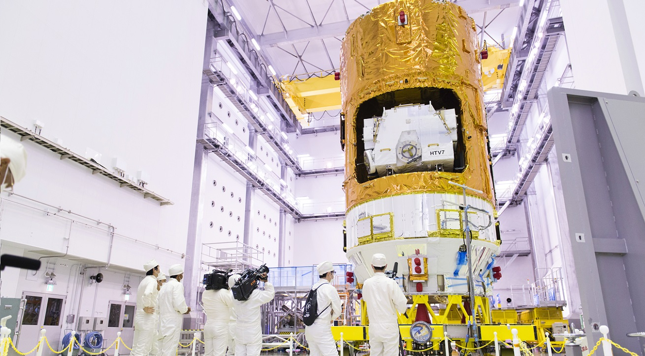 Kounotori 7 at the Second Spacecraft Test and Assembly Building located at the Tanegashima Space Center in Japan. Photo Credit: JAXA.