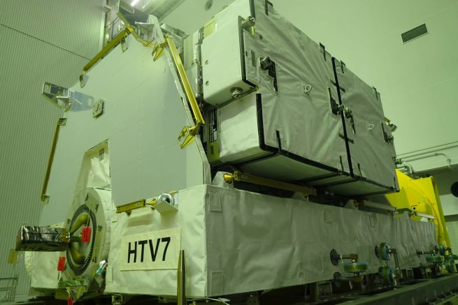 Kounotori 7 is transporting six lithium-ion batteries to the ISS, which are attached to the Exposed Pallet inside the Unpressurized Logistic Carrier. They will replace nickel-hydrogen batteries on the exterior of the station's truss segment. This will continue a process that was started in January 2017 with the Kounotori 6 mission. Photo Credit: JAXA