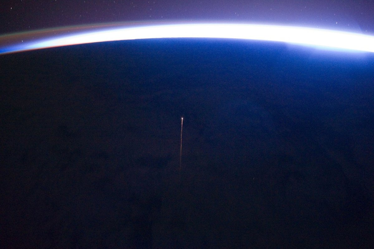 Progress MS-09 re-enters Earth's atmosphere. Photo Credit: Roscosmos
