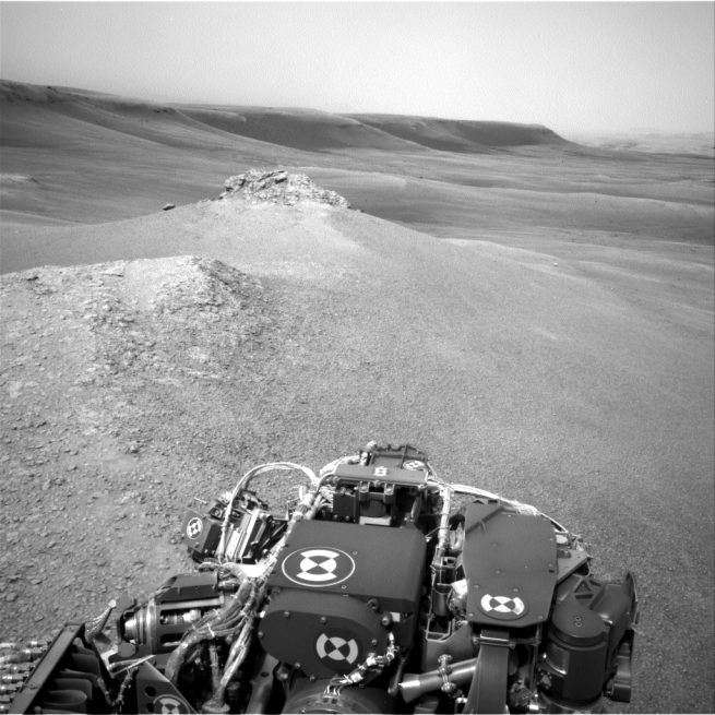 Image captured by Curiosity's Navcam: Left A (NAV_LEFT_A) n Sol 2306 (2019-01-31 15:01:32 UTC). Image Credit: NASA/JPL-Caltech