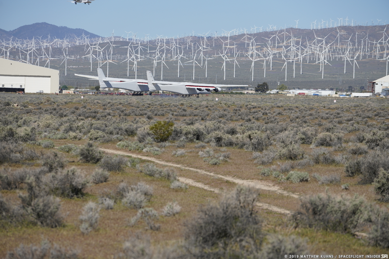 Stratolaunch aircraft on the ground at the Mojave Air & Space Port. Photo Credit: Matthew Kuhns / SpaceFlight Insider