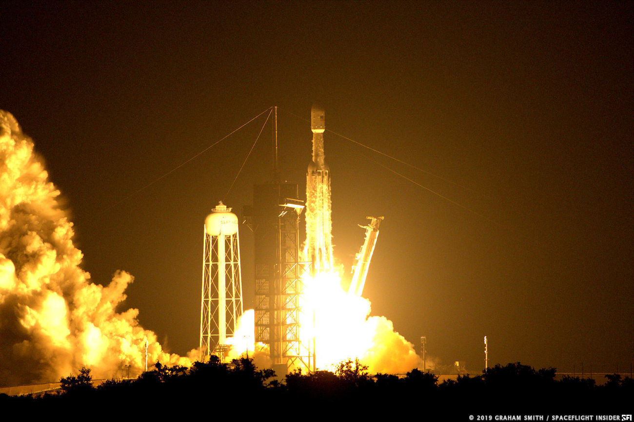 SpaceX launches its third Falcon Heavy rocket with the STP-2 mission. Photo Credit: Graham Smith / SpaceFlight Insider