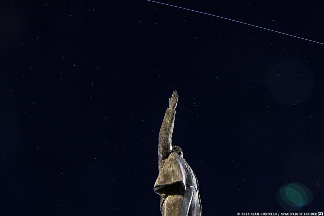 An image of the night sky as the International Space Station flies across the camera's field of view. While expected to be much dimmer, Starlink satellites would create similar streaks in night sky photos around dawn and dusk. Photo Credit: Sean Costello / SpaceFlight Insider