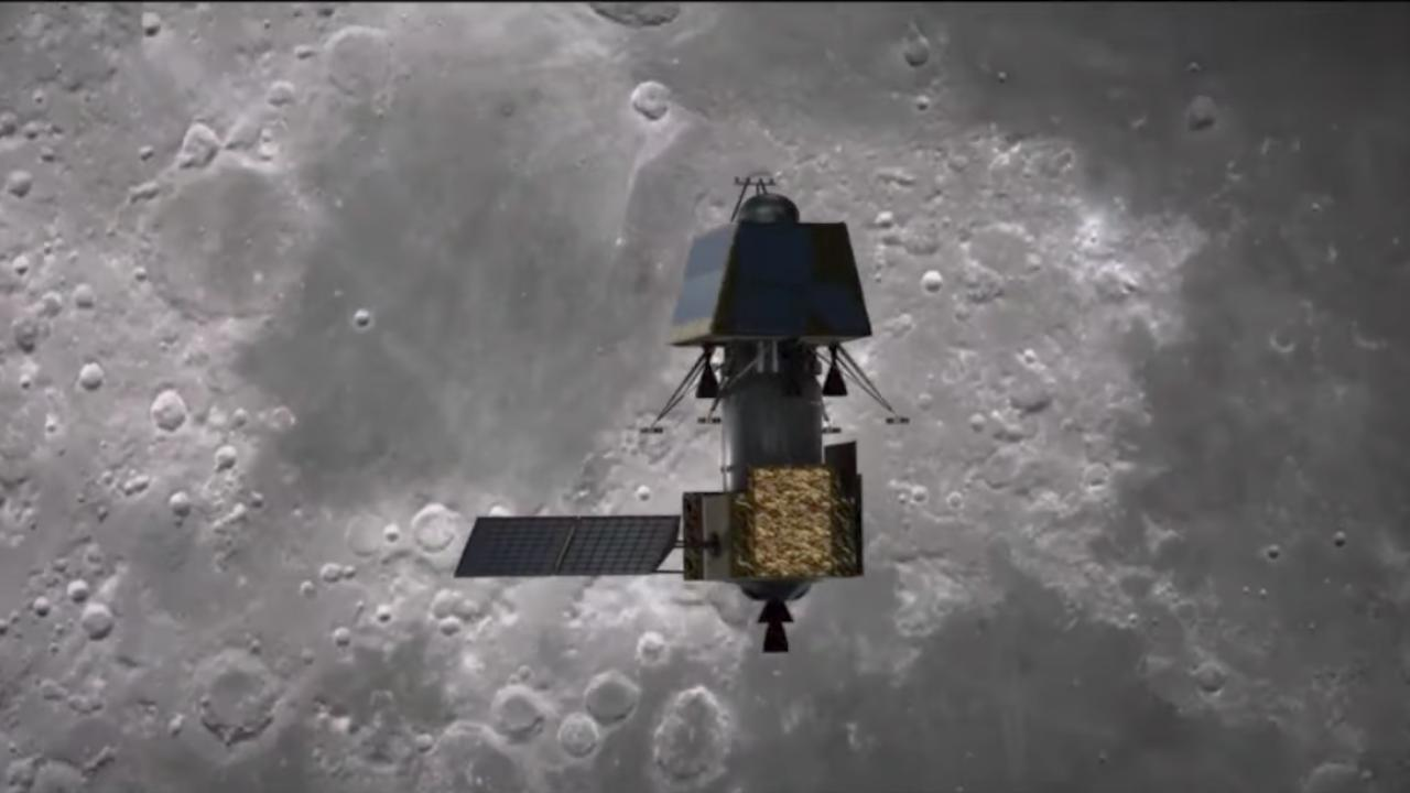 Artist's depiction of the Chandrayaan-2 spacecraft in orbit above the Moon. Image Credit: ISRO