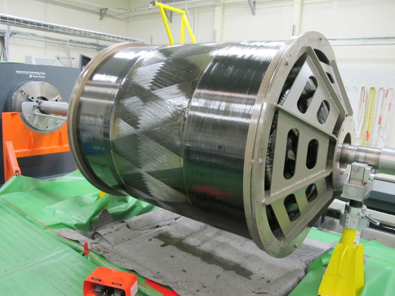 An example of the type of large solid motor carbon fiber case Aerojet Rocketdyne will produce at its new Huntsville, Alabama, Advanced Manufacturing Facility starting in early 2020. Photo and Caption Credit: Aerojet Rocketdyne