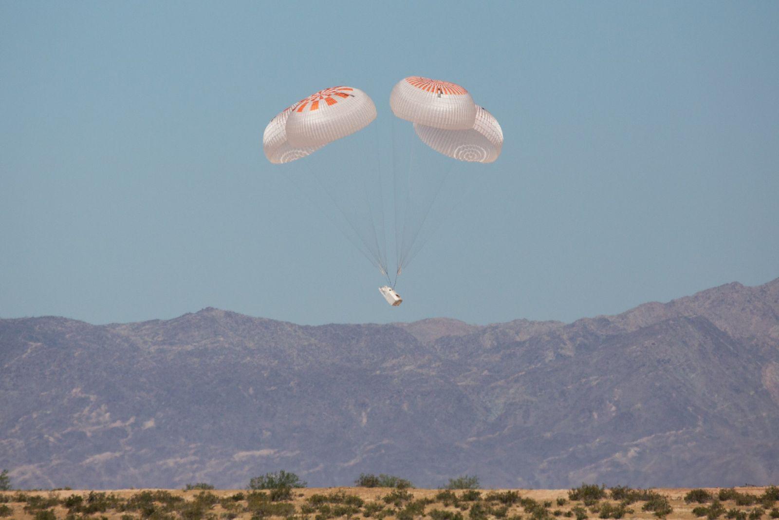 final SpaceX parachute test