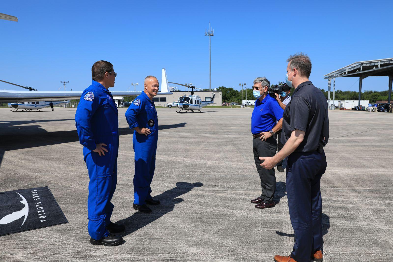 NASA head of human spaceflight resigns ahead of crewed SpaceX flight