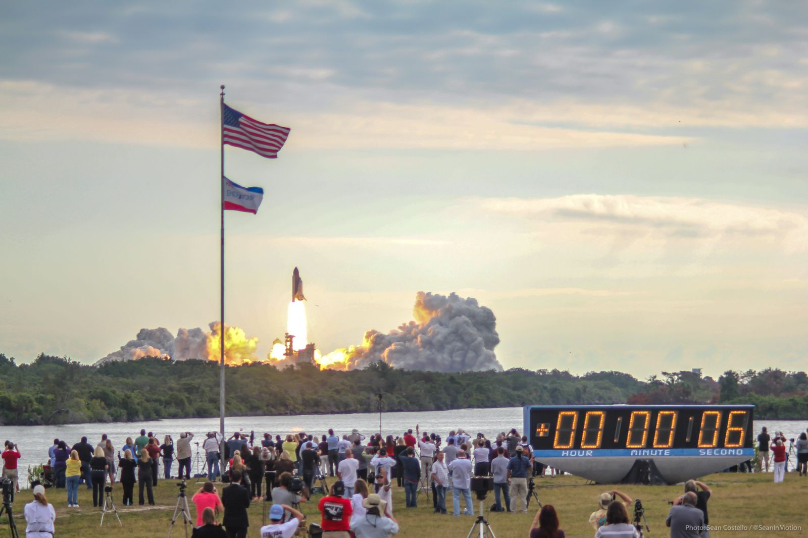 STS-134 Endeavour Launch