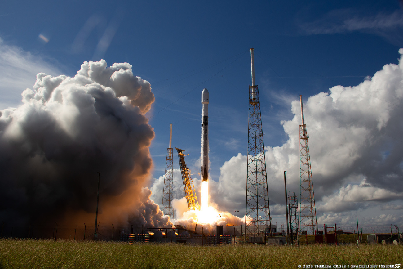 SpaceX launches SiriusXM satellite from Cape Canaveral