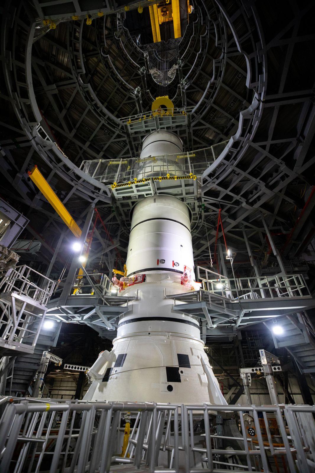 SRB stacking. Credit: NASA