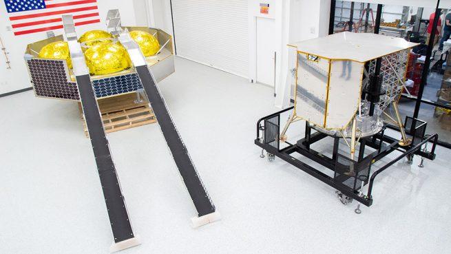 Engineering mockups of the Griffin lander, left and Peregrine lander. Credit: Astrobotic