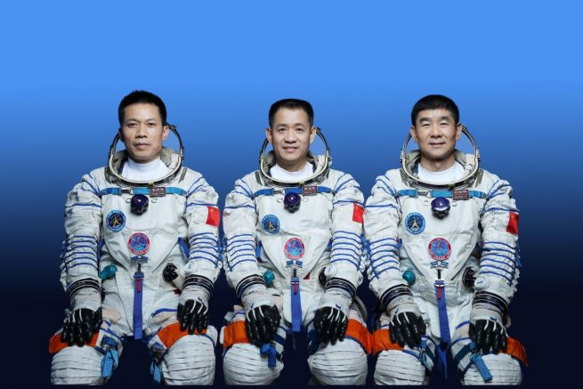 The crew photo for the Shenzhou-12 mission. From left to right: Tang Hongbo, Nie Haisheng and Liu Boming. Credit: China National Space Administration