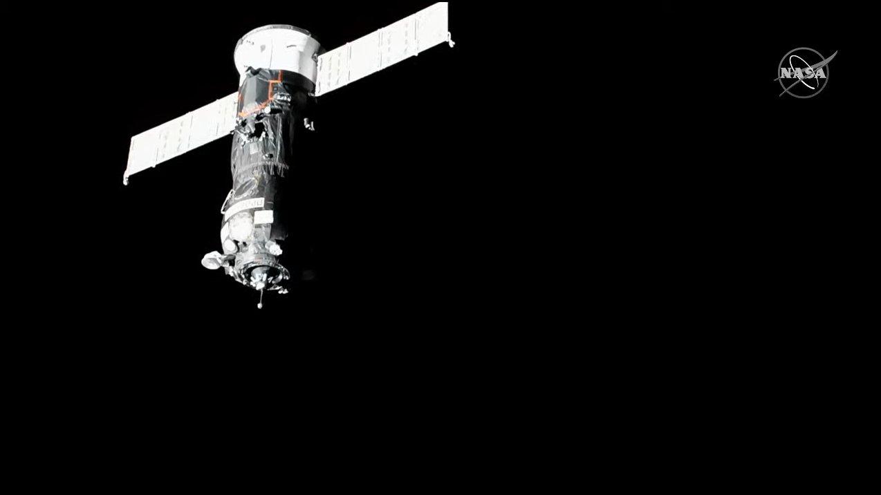 Progress MS-17 nears the International Space Station for docking. Credit: NASA