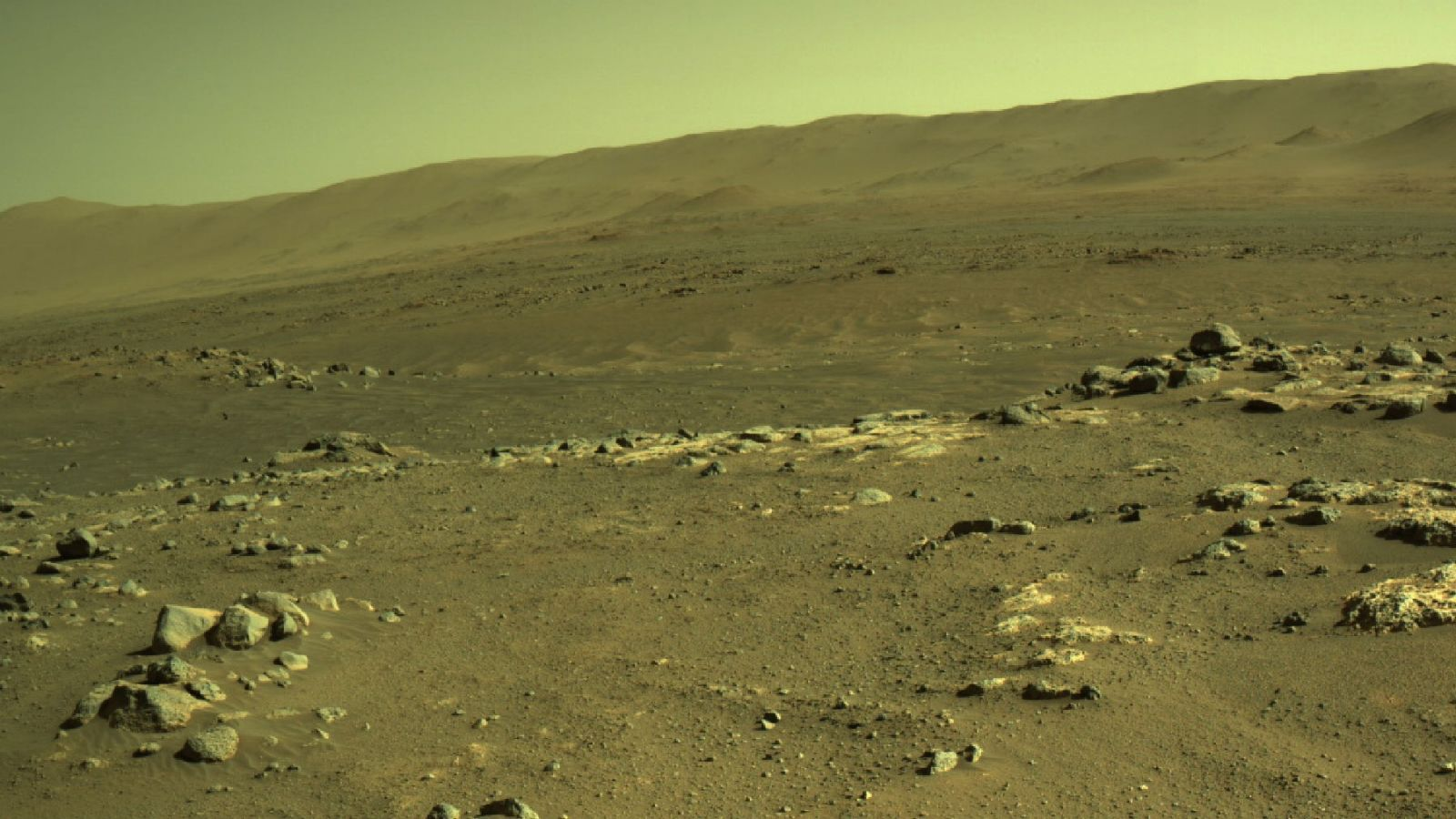 """A view of the """"Séítah"""" region as seen by the Perseverance rover before the Ingenuity Mars Helicopter flew over the area. Credit: NASA / JPL-Caltech"""