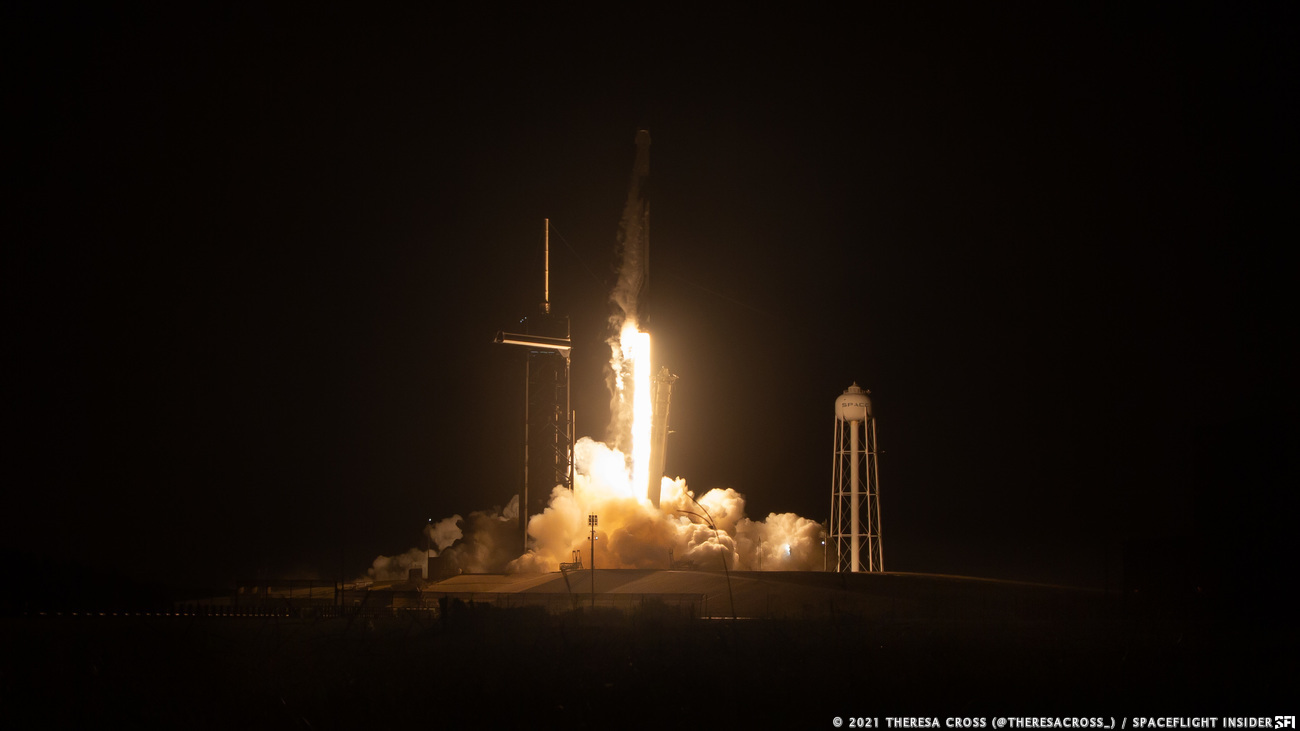 SpaceX's CRS-23 Dragon mission lifts off from Launch Complex 39A at NASA's Kennedy Space Center in Florida. Credit: Theresa Cross / Spaceflight Insider