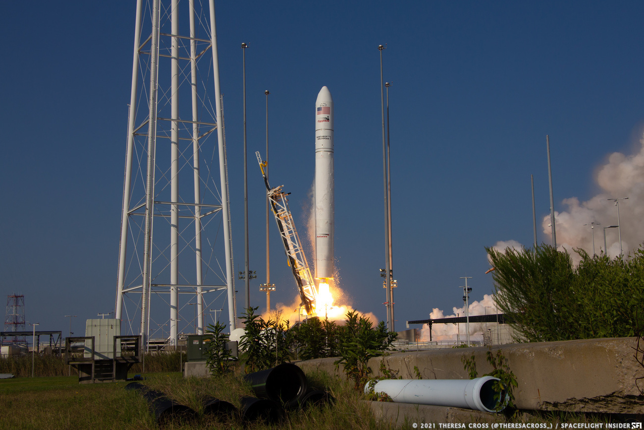 The Antares rocket with the NG-16 Cygnus spacecraft lifts off pad 0A on Wallops Island, Virginia, to begin its journey to the International Space Station. Credit: Theresa Cross / Spaceflight Insider